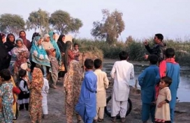 6-A-Community-Resource-Person-(CRP)-conducts