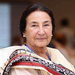 Mrs-Munawar-Humayun-Khan