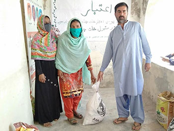 LSO-Aitbar-Distributes-50-Ration-Bags-in-Kamber-Shahdadkot1